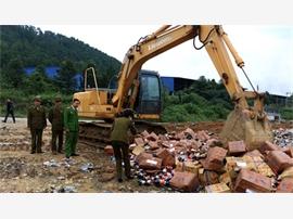 Nghệ An: Tiêu hủy trên 3.000 chai nước mắm Long Hải không đảm bảo chất lượng